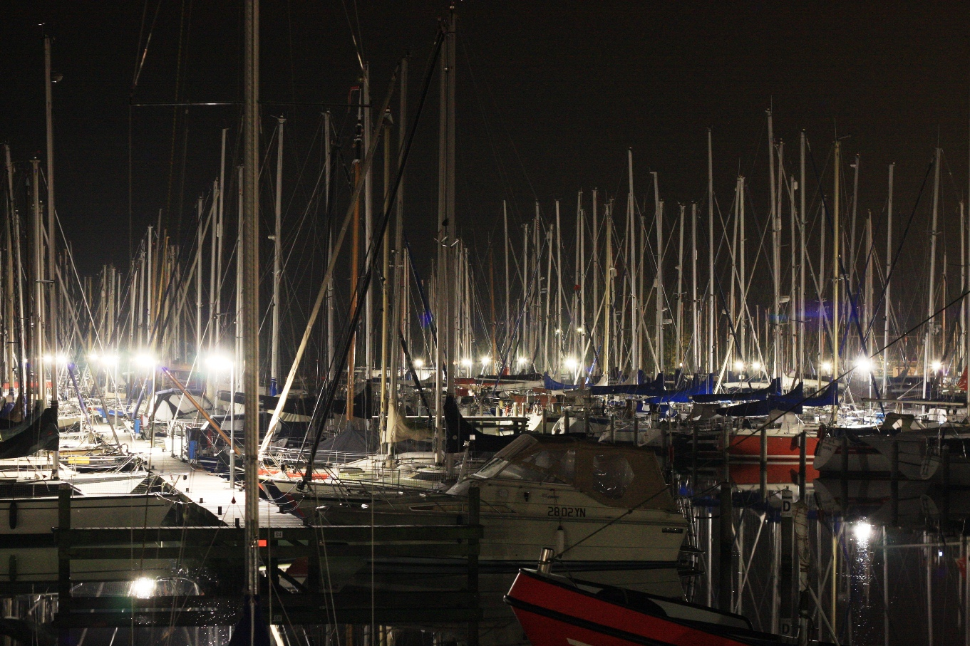 Grashaven Hoorn at night